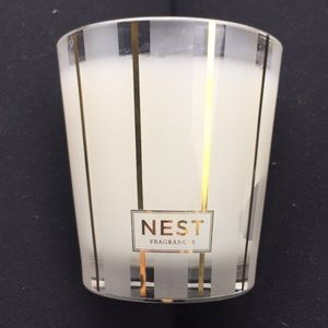 NEST Holiday Classic Candle 127g/ 4.5 Oz.